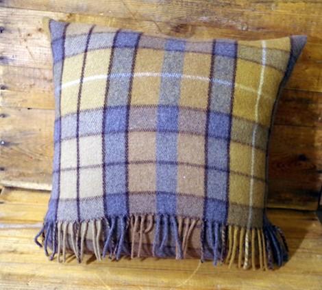 Natural-Buchanan-Wool-Cushion