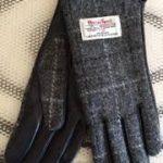 Ladies Tweed Check Gloves
